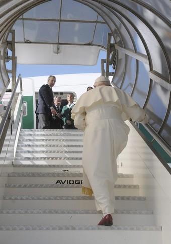 Pope gets on board.jpg