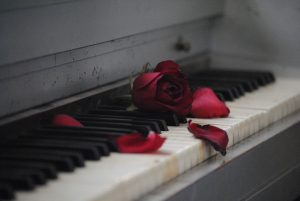 piano-571968_960_720