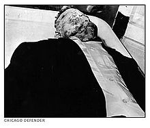 Till's mother insisted on an open casket funeral. Images of Till's body, printed in The Chicago Defender and Jet magazine, made international news and directed attention to the rights of the blacks in the U.S. South.