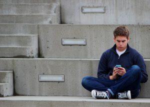 texting-1999275_1920