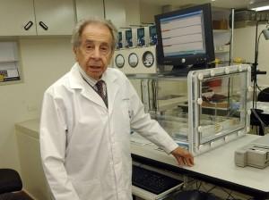 Salomón Hakim (1929-2011) . Médico y científico colombiano.