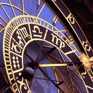 zodiac-clock.jpg