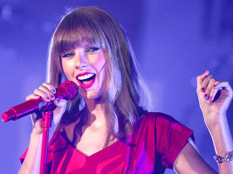 Taylor_Swift_credit_Featureflash_Shutterstock_com
