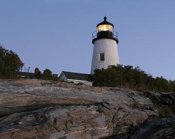 lighthouse-pemaquid-point-maine-5.jpg